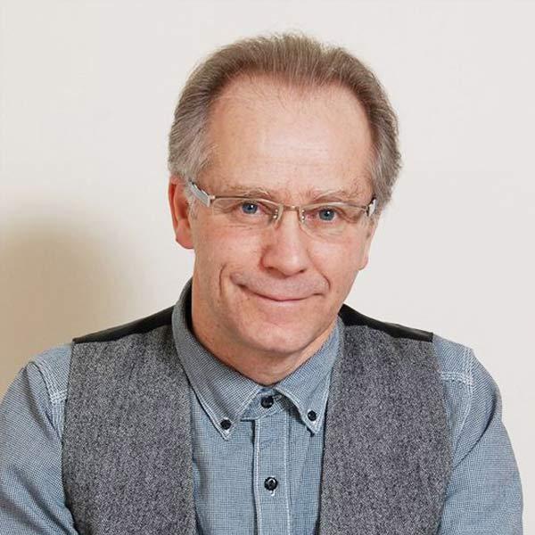 Dr GILBERT RENAUD